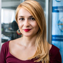 Ева Аврамова